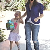 Jennifer Garner Has It Made in the Shade With Violet on Her Hip