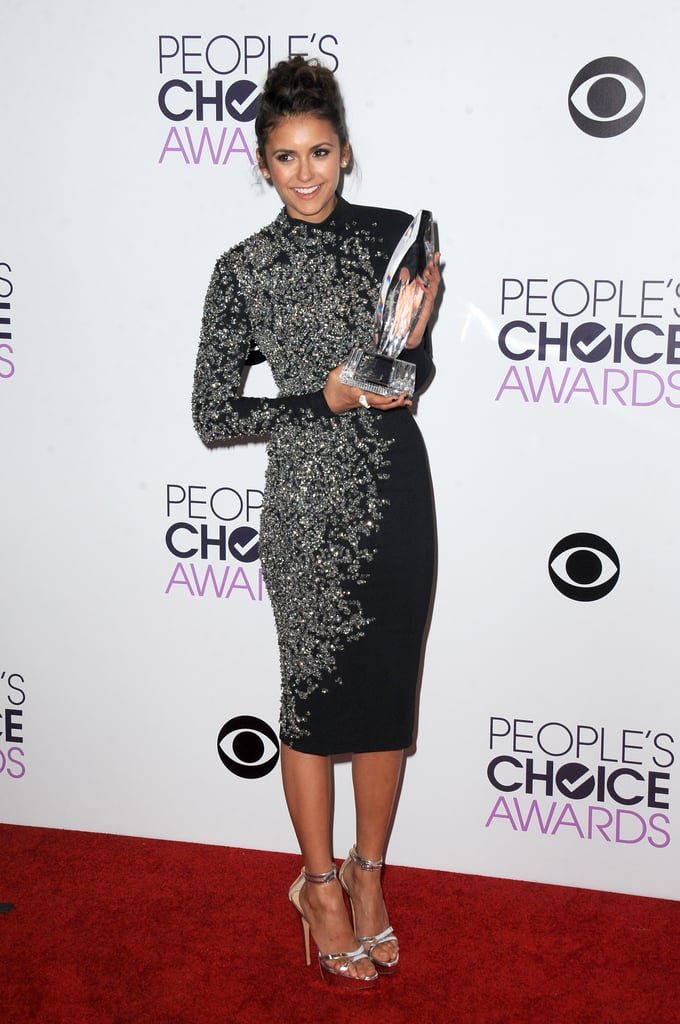 The star sparkled in a curve-hugging Jenny Packham number at the the 40th Annual People's Choice Awards.