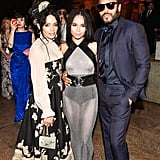 Lenny, Lisa, and Zoë linked up inside the Met Gala in May 2015.