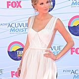 Taylor Swift struck a pose at the Teen Choice Awards.