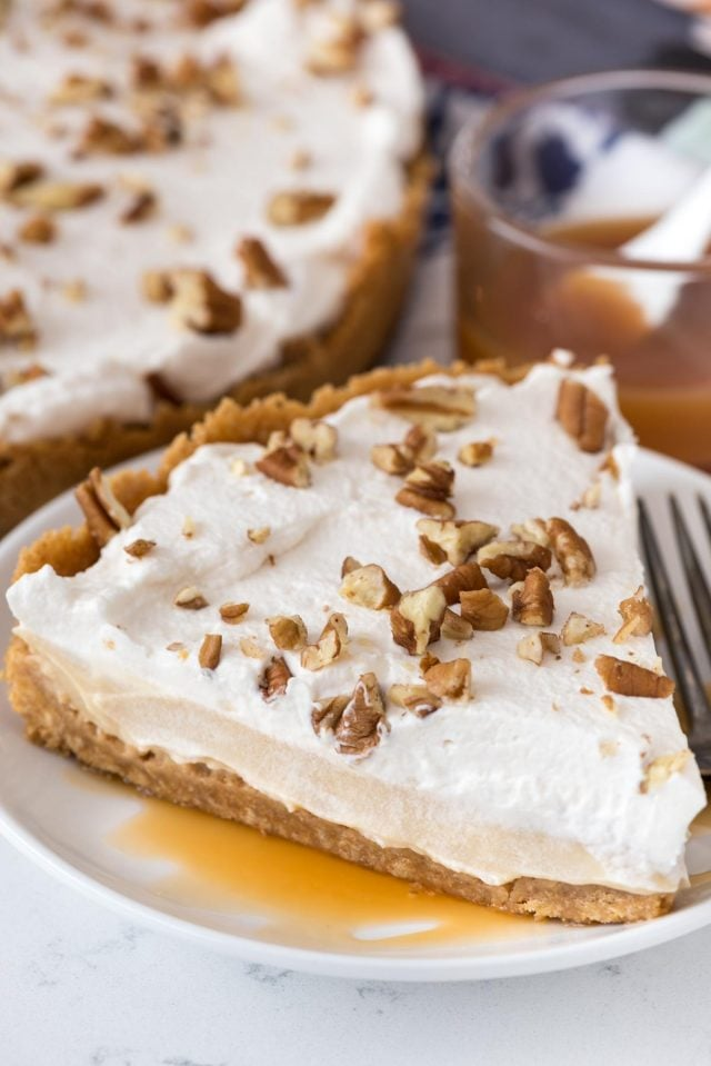 Butterscotch Pudding Pie | No-Bake Holiday Desserts For ...