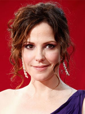 Photo of Mary-Louise Parker at 2009 Primetime Emmy Awards