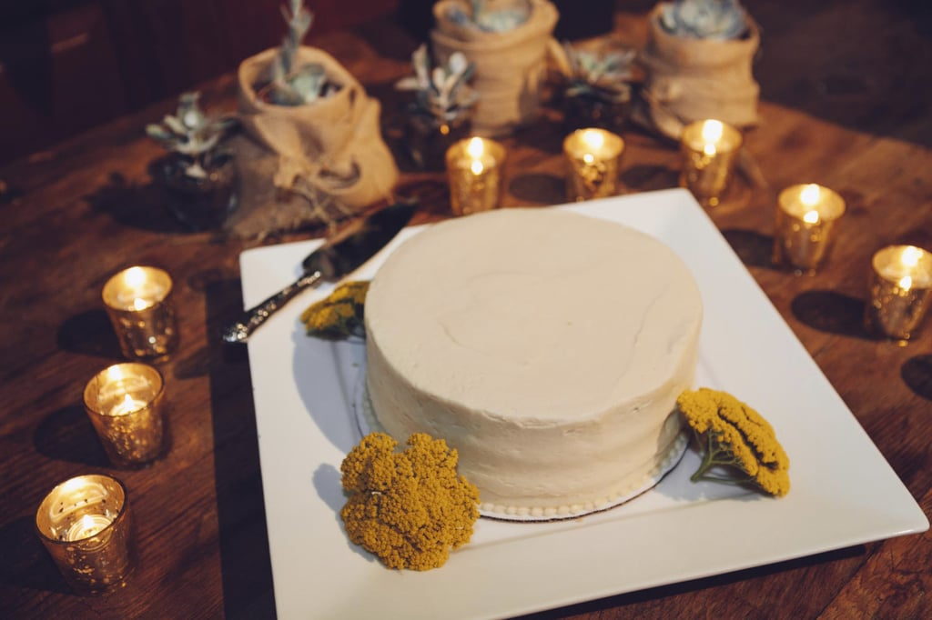 A few touches of complementary colors really make this one simple, special cake.