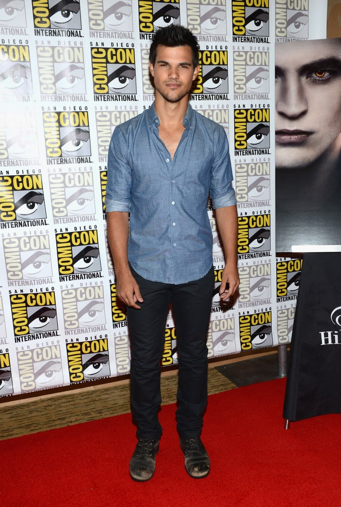 Taylor Lautner looked cool in a chambray shirt.