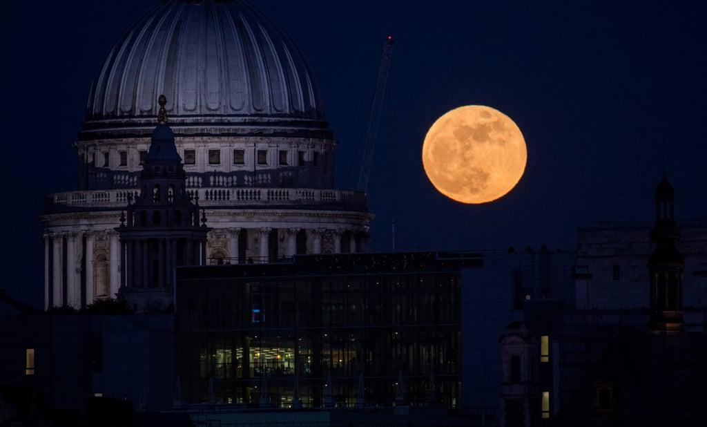 blood moon london 2018 time - photo #6