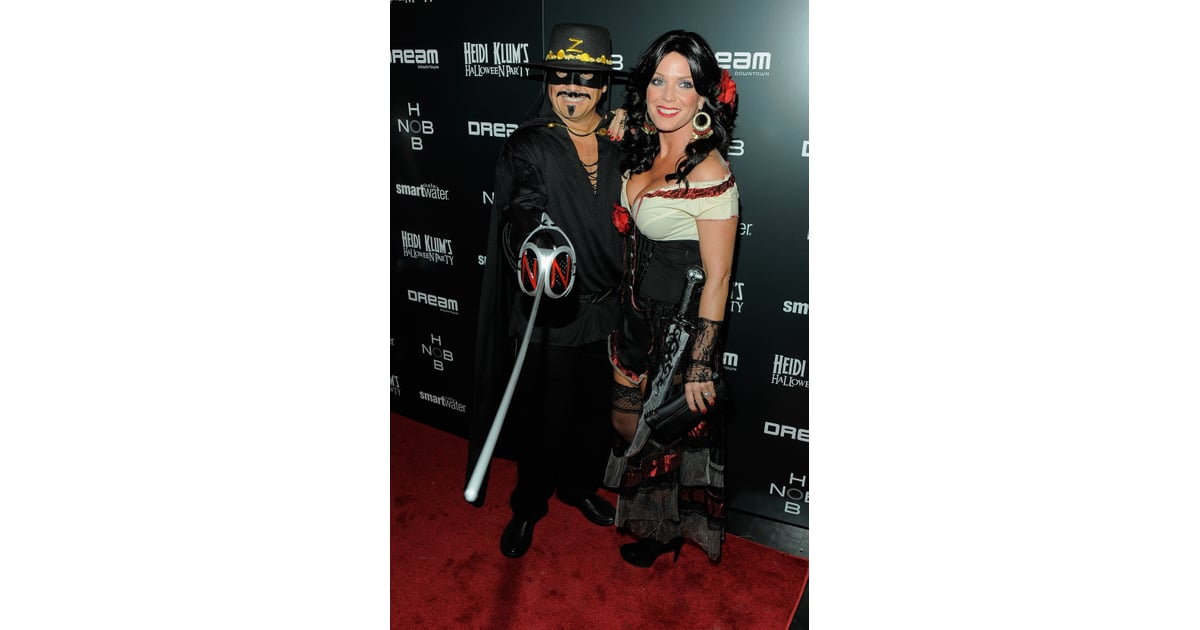 zorro and elena halloween costumes
