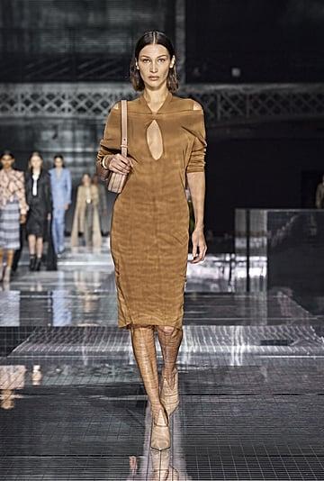Burberry Autumn/Winter 2020 Fashion Show Photos