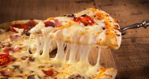 6 Must-Try Pizza Styles in the US