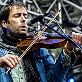 Andrew Bird closed his eyes and played the violin.