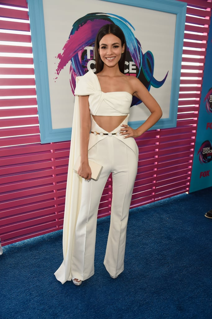 Victoria Justice S Jumpsuit At The 2017 Teen Choice Awards