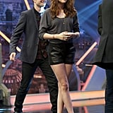 Kristen made an appearance on Spanish variety show El Hormiguero wearing leather paneled shorts and a gray knit top.