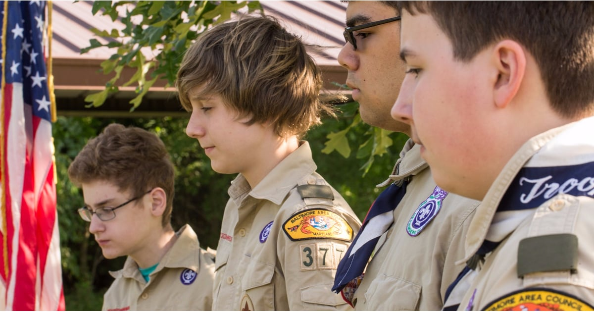 PopsugarMomsParentingCan Girls Join Boy Scouts?In Historic Decision, the Boy Scouts Will FINALLY Let Girls JoinOctober 11, 2017 by Murphy Moroney4K SharesChat with us on Facebook Messenger. Learn what's trending across POPSUGAR.Got a little girl at home who's been begging to become a Boy Scout? Her once-unlikely dream is about to become reality: the Boy Scouts of America officially announced today that it's letting girls take the oath starting in 2018.