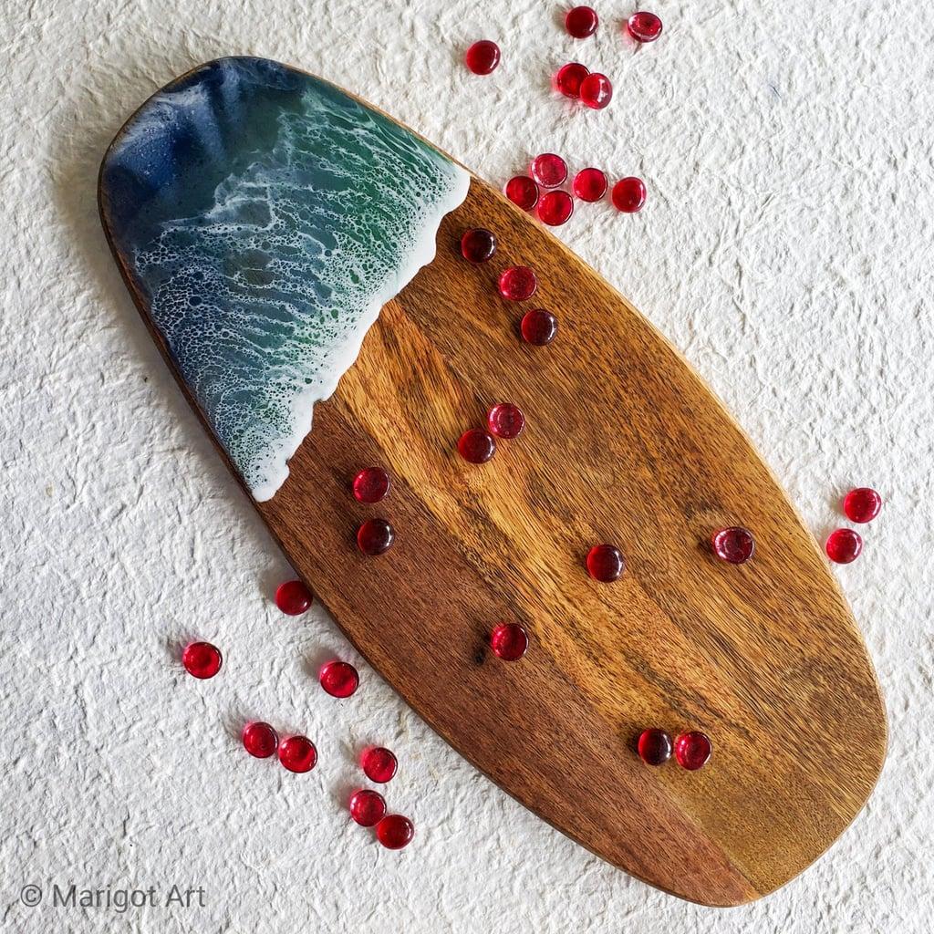 """""""Marigot Bay 3"""" Liquid Art Wood Cheese Tray"""