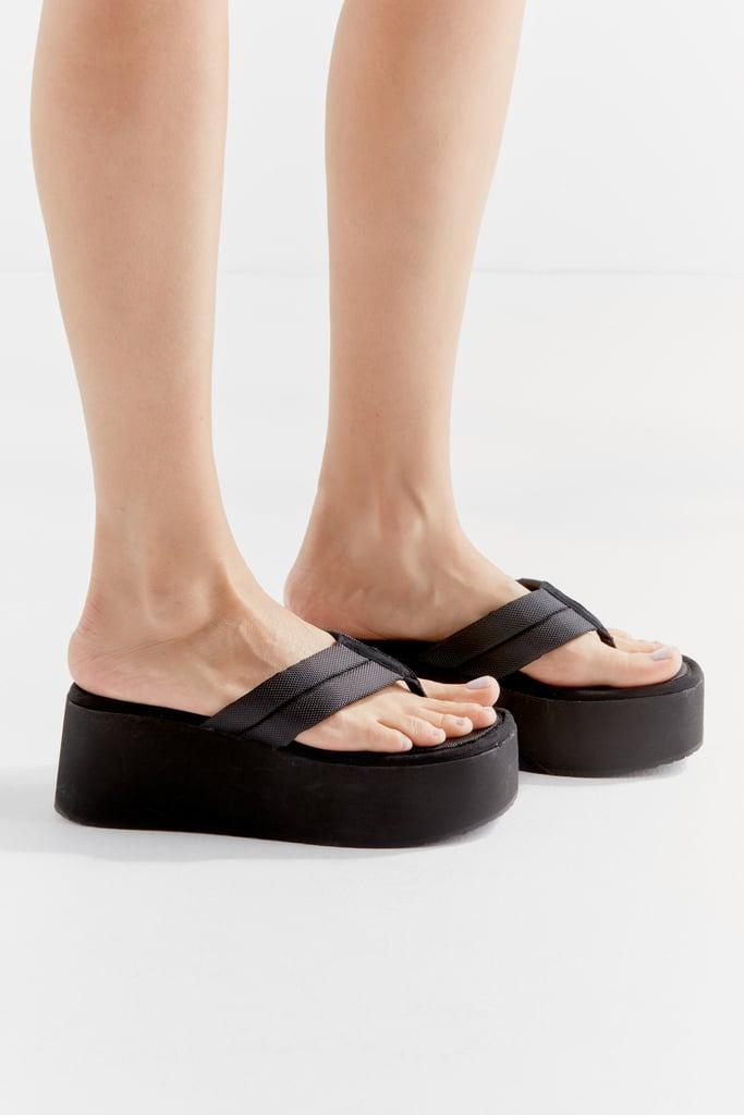 Steve Madden UO Exclusive Platform Thong Sandal