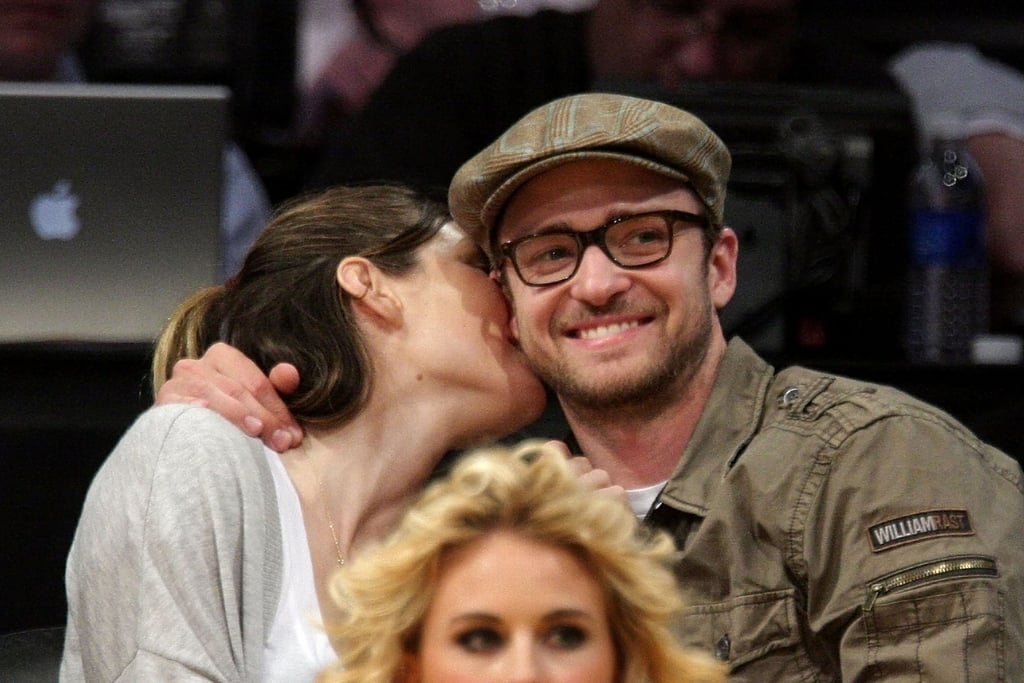 Jessica kissed Justin at a May 2009 Lakers game.