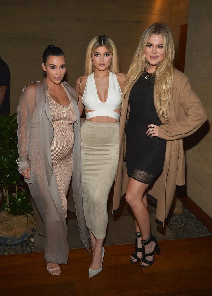 She Wore a Neutral Ribbed Maxi Alongside Her Sisters Back in 2015