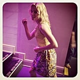 Elizabeth Banks was caught getting silly backstage at the Tonight show. Source: Instagram user tonightshow