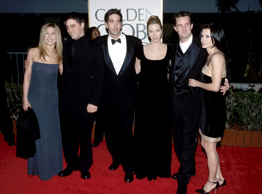 Friends costars Jennifer Aniston, Matt LeBlanc, David Schwimmer, Lisa Kudrow, Matthew Perry, and Courteney Cox posed together at the 1998 show.