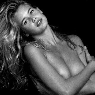 Claudia Schiffer pics