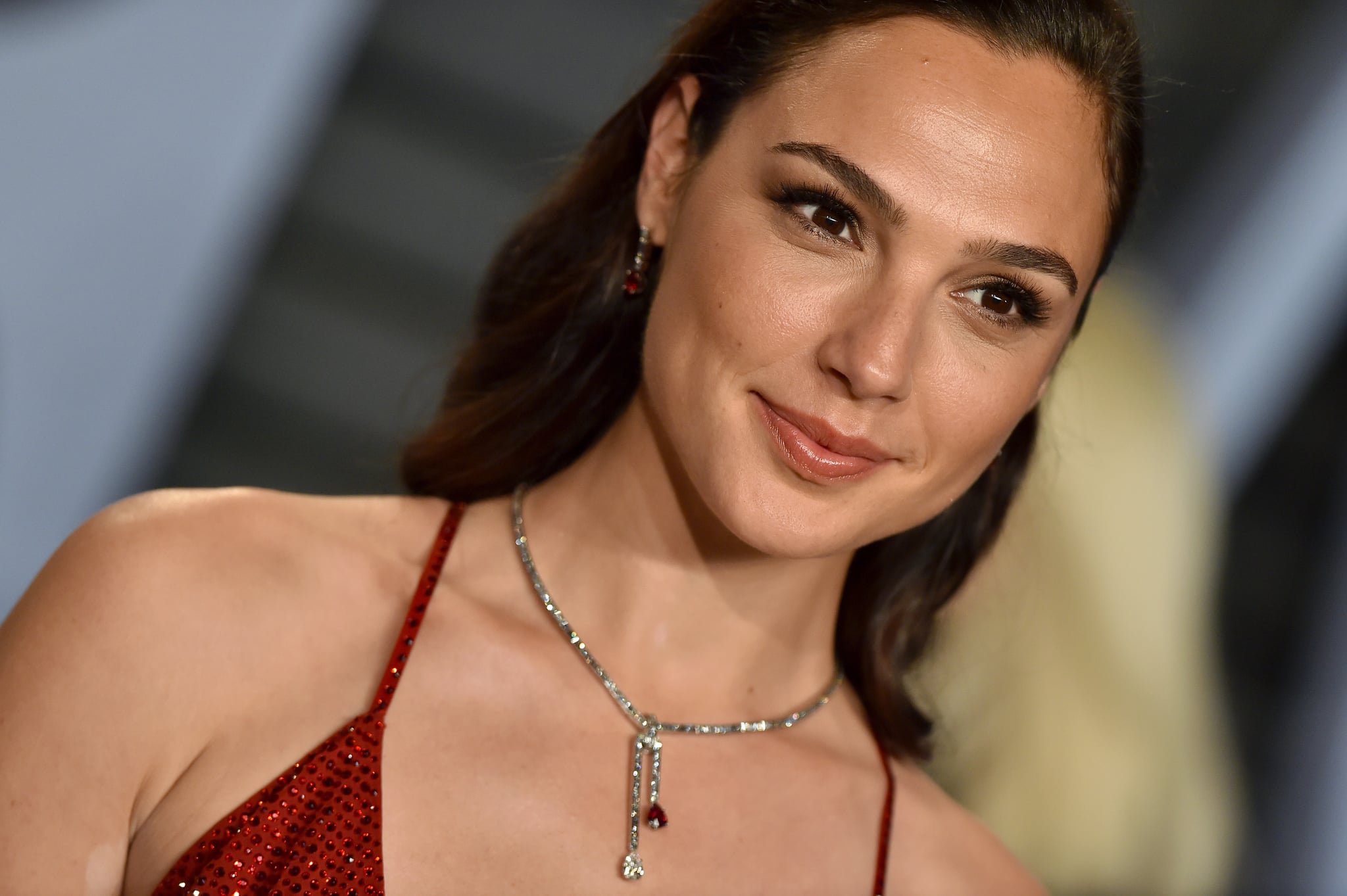 BEVERLY HILLS, CA - MARCH 04:  Actress Gal Gadot attends the 2018 Vanity Fair Oscar Party hosted by Radhika Jones at Wallis Annenberg Center for the Performing Arts on March 4, 2018 in Beverly Hills, California.  (Photo by Axelle/Bauer-Griffin/FilmMagic)