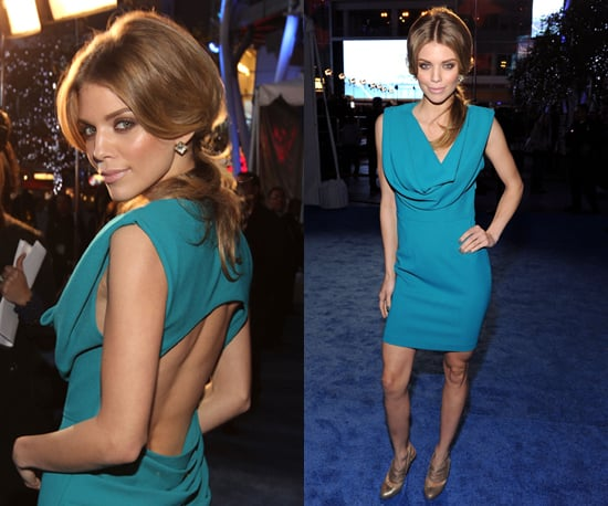 Annalynne McCord in tuquoise at 2011 People's Choice Awards