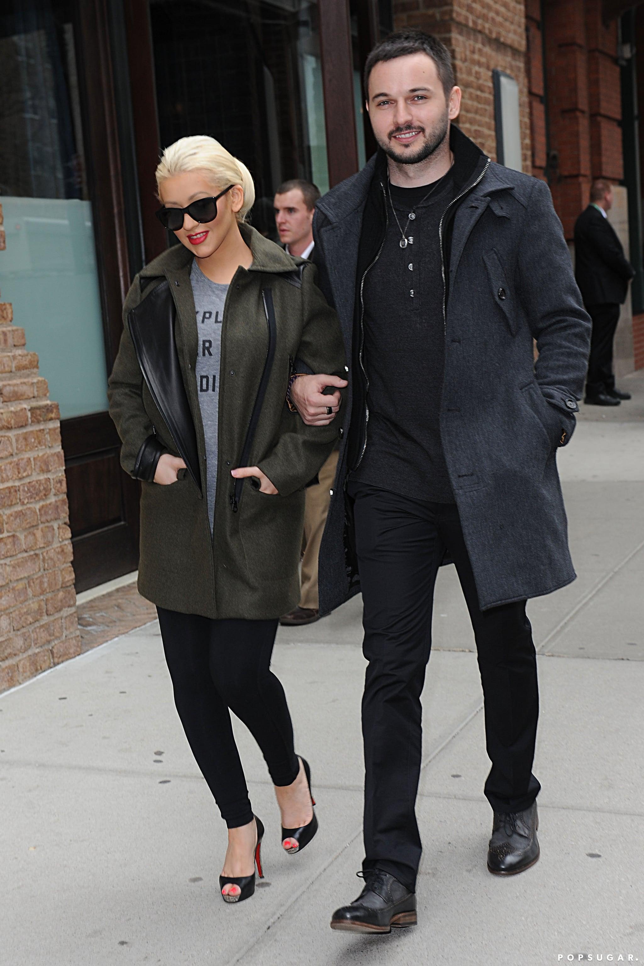 Christina Aguilera Shows Off Her Baby Bump!