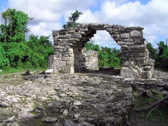 Mayan ruins dot the landscape.