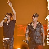 "Enrique Iglesias and Wisin Performing ""Duele el Corazón"""