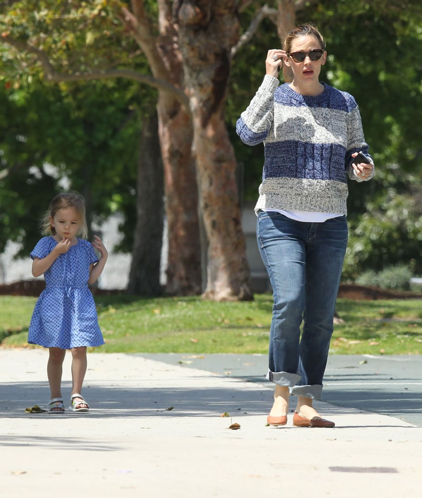 Jennifer Garner played at a park with Seraphina.