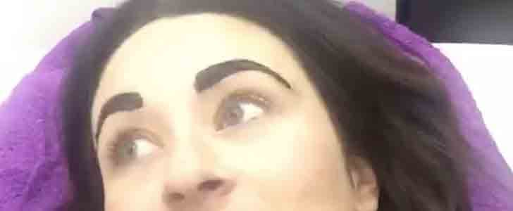 Woman Gets Eyebrows Tinted Before Going Into Labor