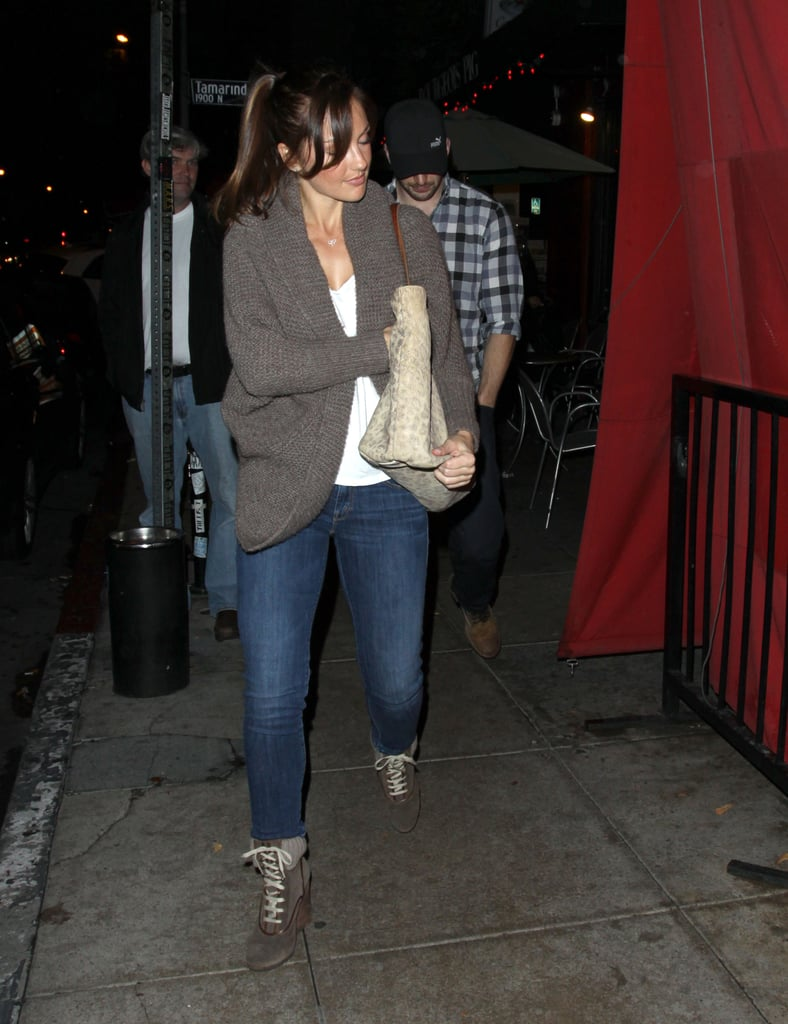 Minka Kelly and Chris Evans went to dinner.