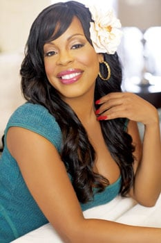 Niecy Nash Raises Funds For the World Toilet Organization
