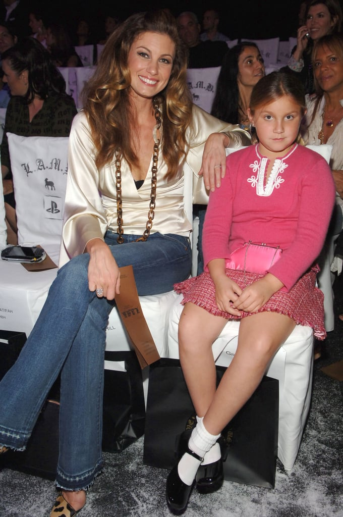 Faith hill with her daughters pictures popsugar for How old are faith hill s daughters