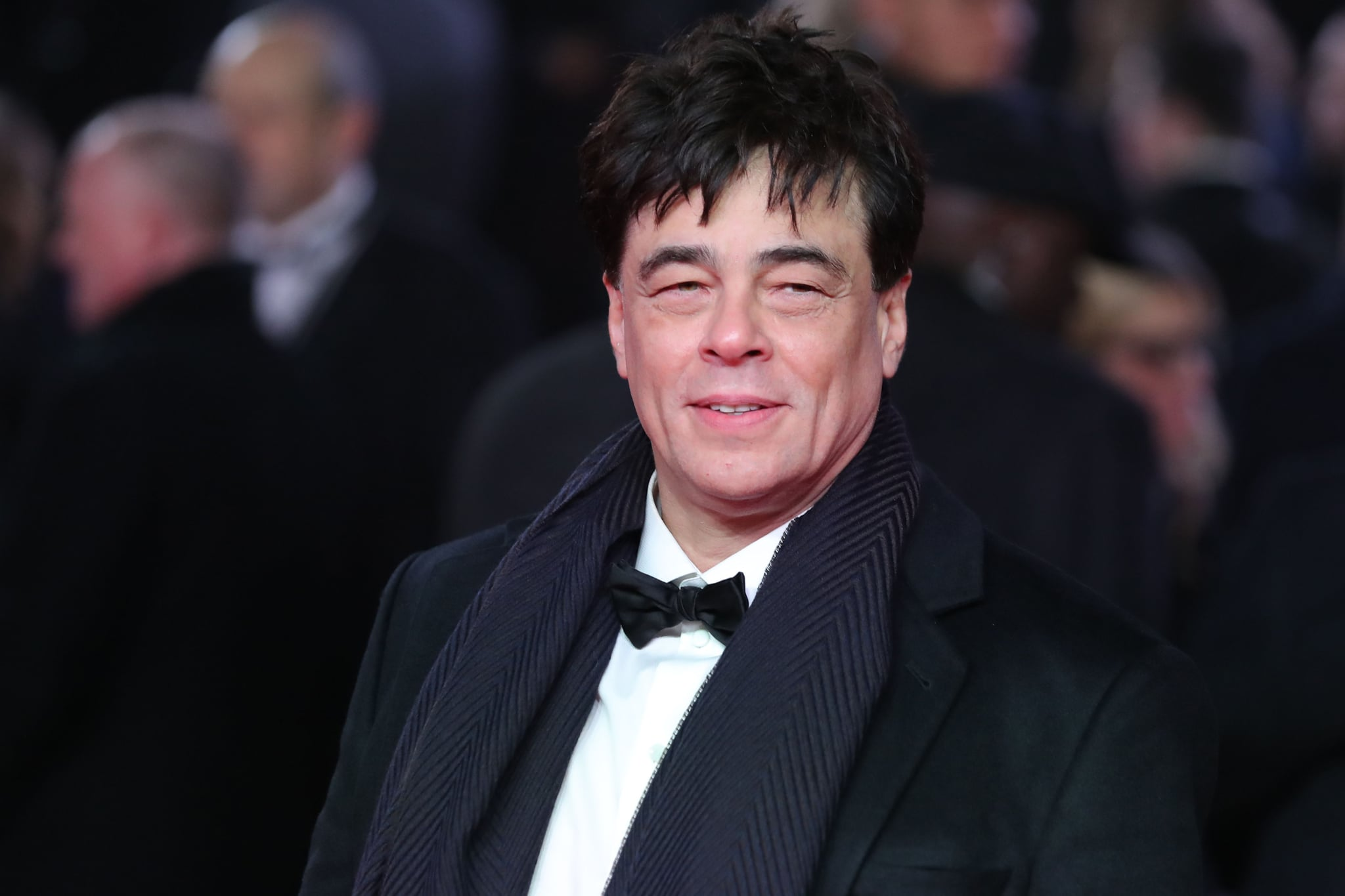 Puerto Rico actor Benicio del Toro poses on the red carpet for the European Premiere of Star Wars: The Last Jedi at the Royal Albert Hall in London on December 12, 2017. / AFP PHOTO / Daniel LEAL-OLIVAS        (Photo credit should read DANIEL LEAL-OLIVAS/AFP/Getty Images)