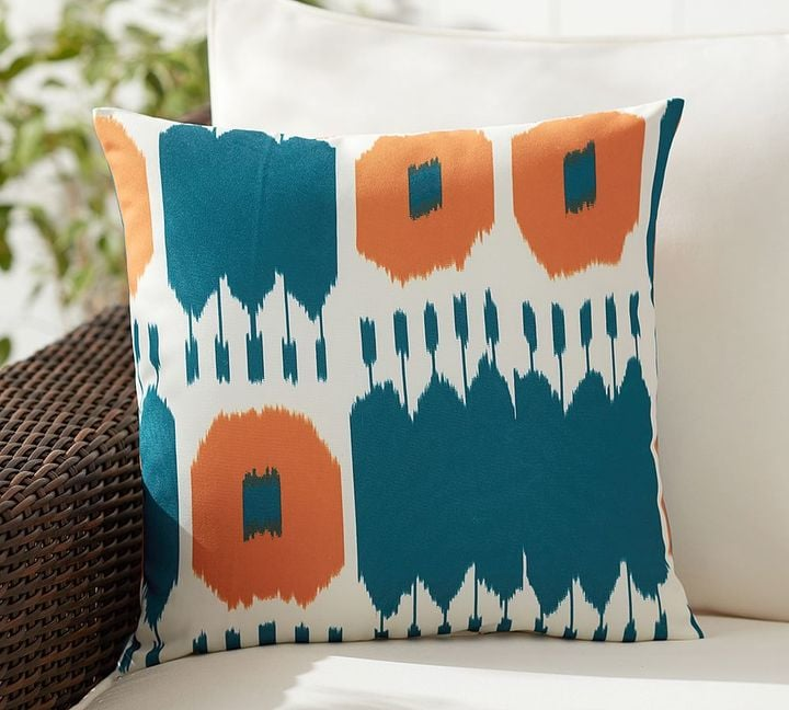 Outdoor Throw Pillows For Spring and Summer | POPSUGAR Home