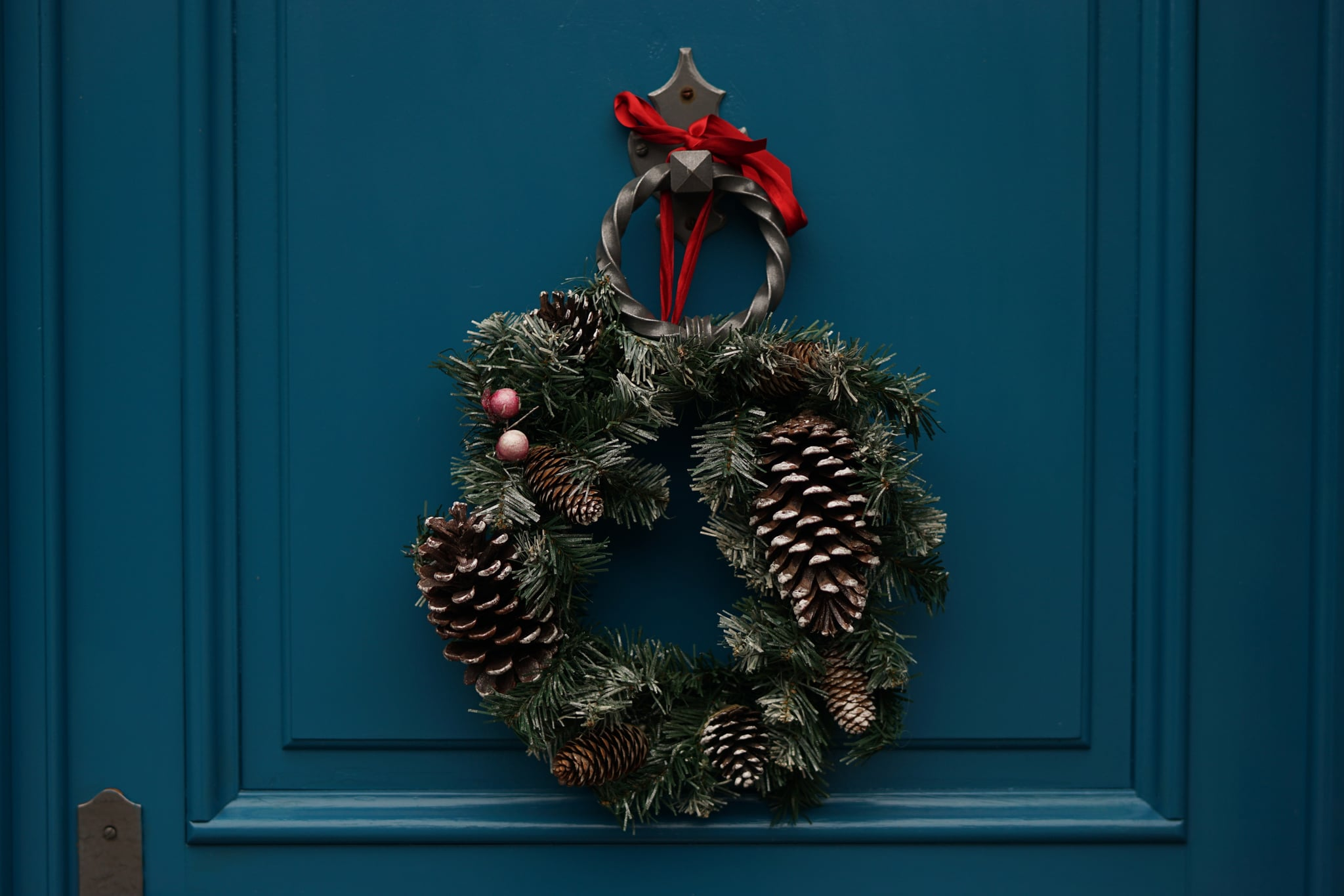 How to deal with first holidays after divorce popsugar moms the first set of holidays after your divorce arent easy the fourth set of holidays after divorce arent easy either but that definitely doesnt mean you solutioingenieria Gallery