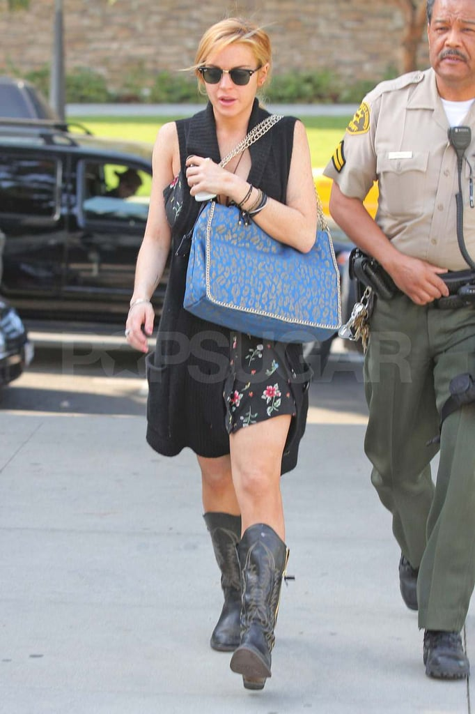 Pictures of Lindsay Lohan Going to Court 2011-02-08 11:33:58