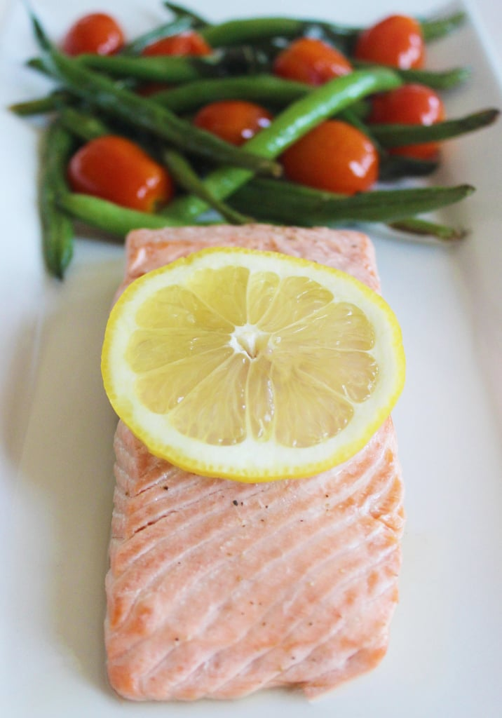 Baked Salmon With Green Beans and Tomatoes
