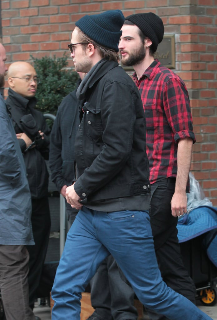 Robert Pattinson and Tom Sturridge hung out yesterday in NYC. Tom's been in the Big Apple for the last week with his daughter, Marlowe, and fiancée, Sienna Miller, who's been busy chatting up her new HBO project, The Girl. Rob and Tom hung out for a bit in the afternoon at the Bowery Hotel, and Rob apparently hit the town solo later. Rob spent the evening at a pal's house in Manhattan —and Rob was photographed with a drill carving his name into his friend's table. Rob, Tom, and Sienna are hanging out in NYC while Kristen Stewart lays low in LA. Kristen did see a Florence and the Machine show earlier this week, though, with her dad John as her guest.