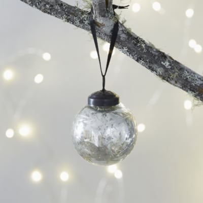 The White Company Mini Etched Bauble (£4)