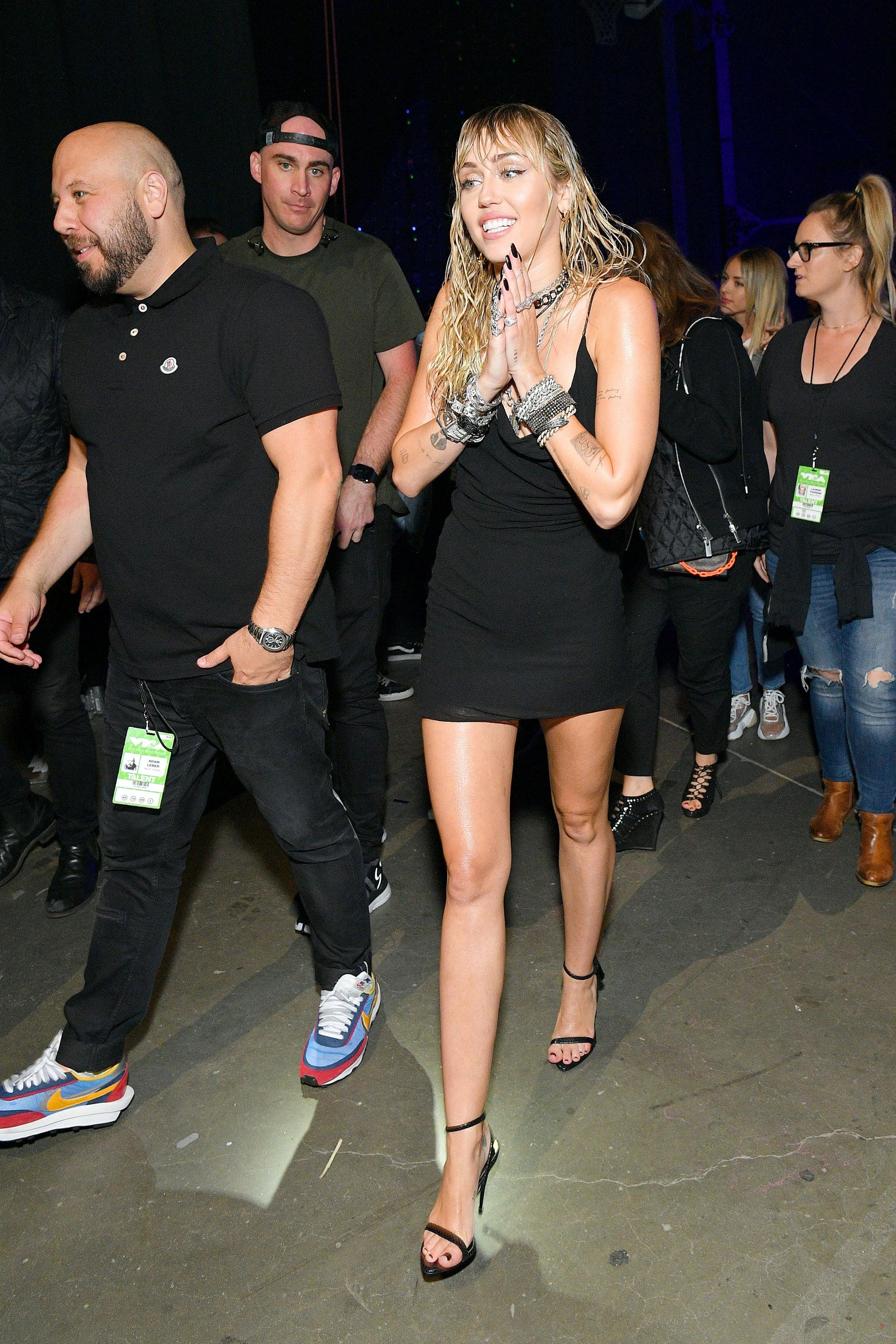 Miley Cyrus S Dress At 2019 Mtv Vmas Popsugar Fashion