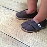 Hilary Duff showed off Luca's new pair of Baby Toms. Source: Twitter user HIlaryDuff