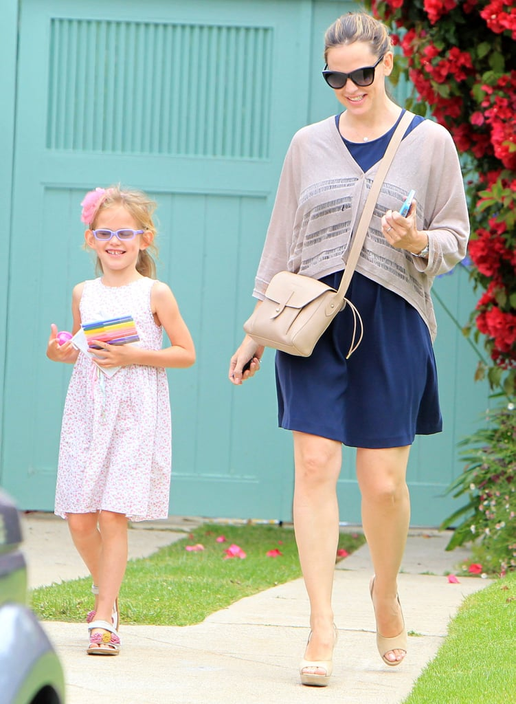 Jennifer Garner Spends a Girls-Only Saturday With Smiley Violet