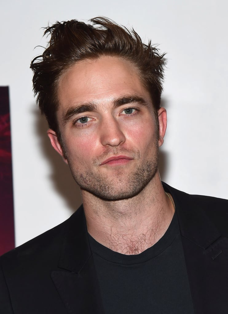 Robert Pattinson Is Looking Very Fine on His Surprise Solo Night Out