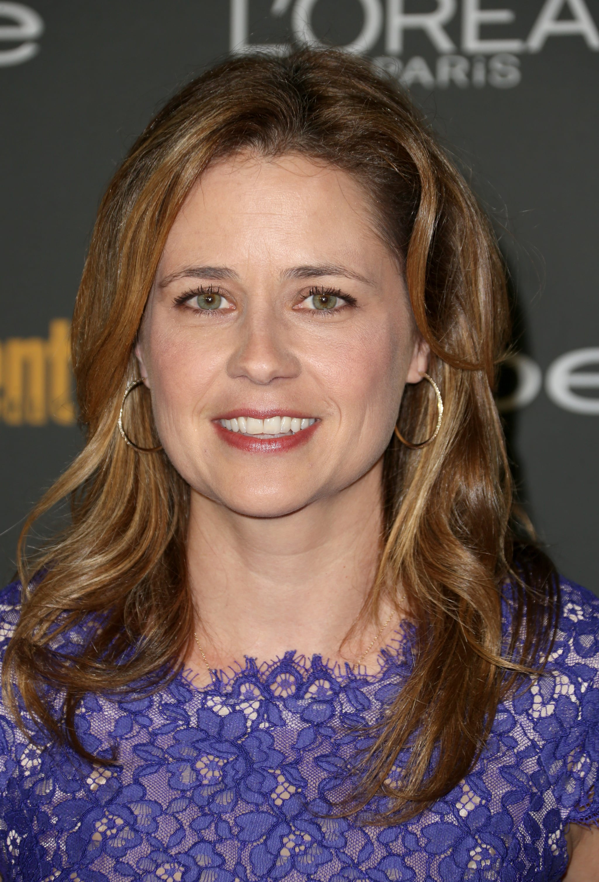 Jenna Fischer kept this easy and breezy at Entertainment Weekly's pre-Emmys party.