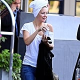 Kate Hudson wore a towel over her wet hair to catch a ride to work in Boston.