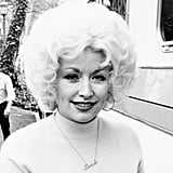 Dolly hadan an iconic hairstyle while on set in 1980.