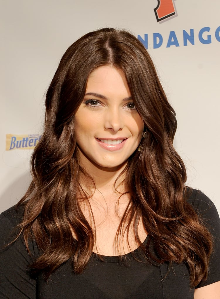 Ashley Greene looked lovely in a simple black t-shirt in 2011.