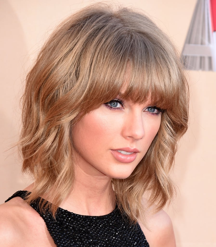 Taylor Swift S Mullet Lob At The Iheartradio Music Awards