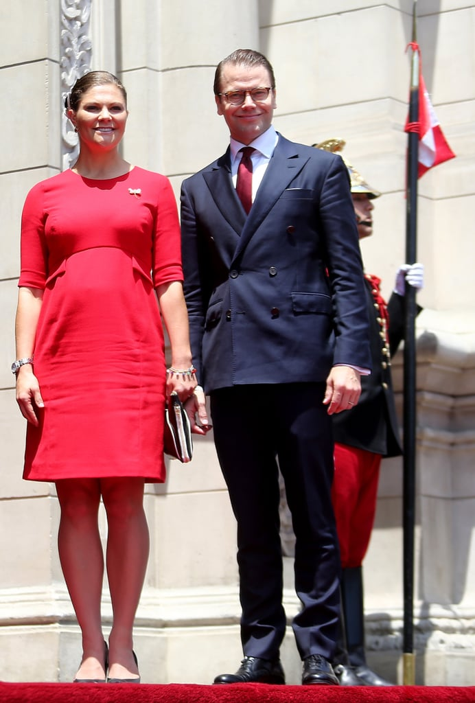 She Can Work That Classic Royal Silhouette — a Structured Knee-Length Dress